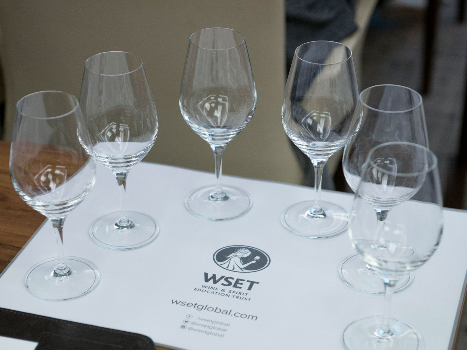 Kurs WSET - LEVEL 2 - kieliszki
