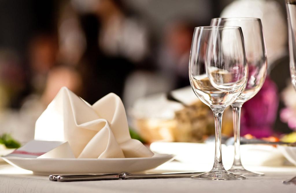 Kurs dla managerów - savoir-vivre w restauracji