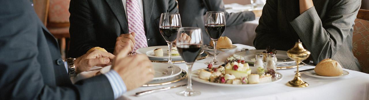 Spotkanie biznesowe w restauracji