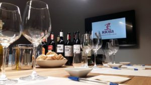 Tasting Room Poznań - kursy o winie